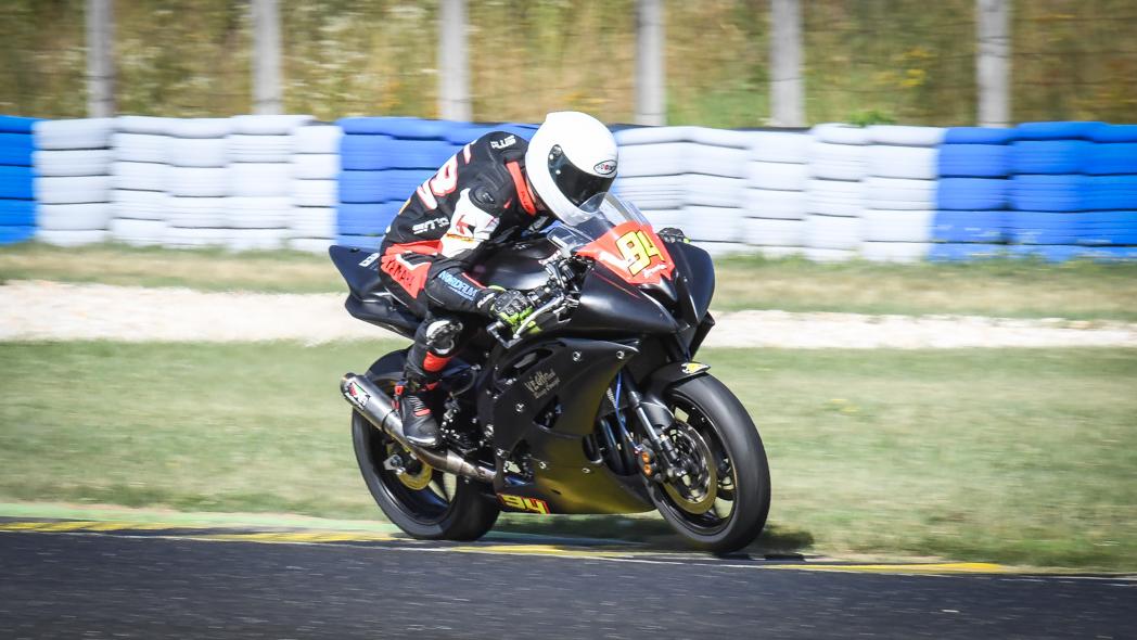 069e9907194ca Richard Bodis won race2 at Pannoniaring class Superstock600